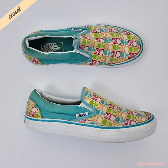 6849d854e5  Vans  Pastel Skull Print Slip On Sneakers. M 5b8616876a0bb7291deab46c